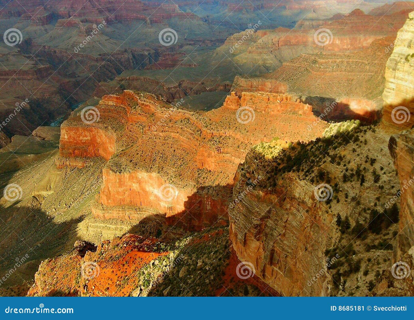 свет каньона после полудня грандиозный последний