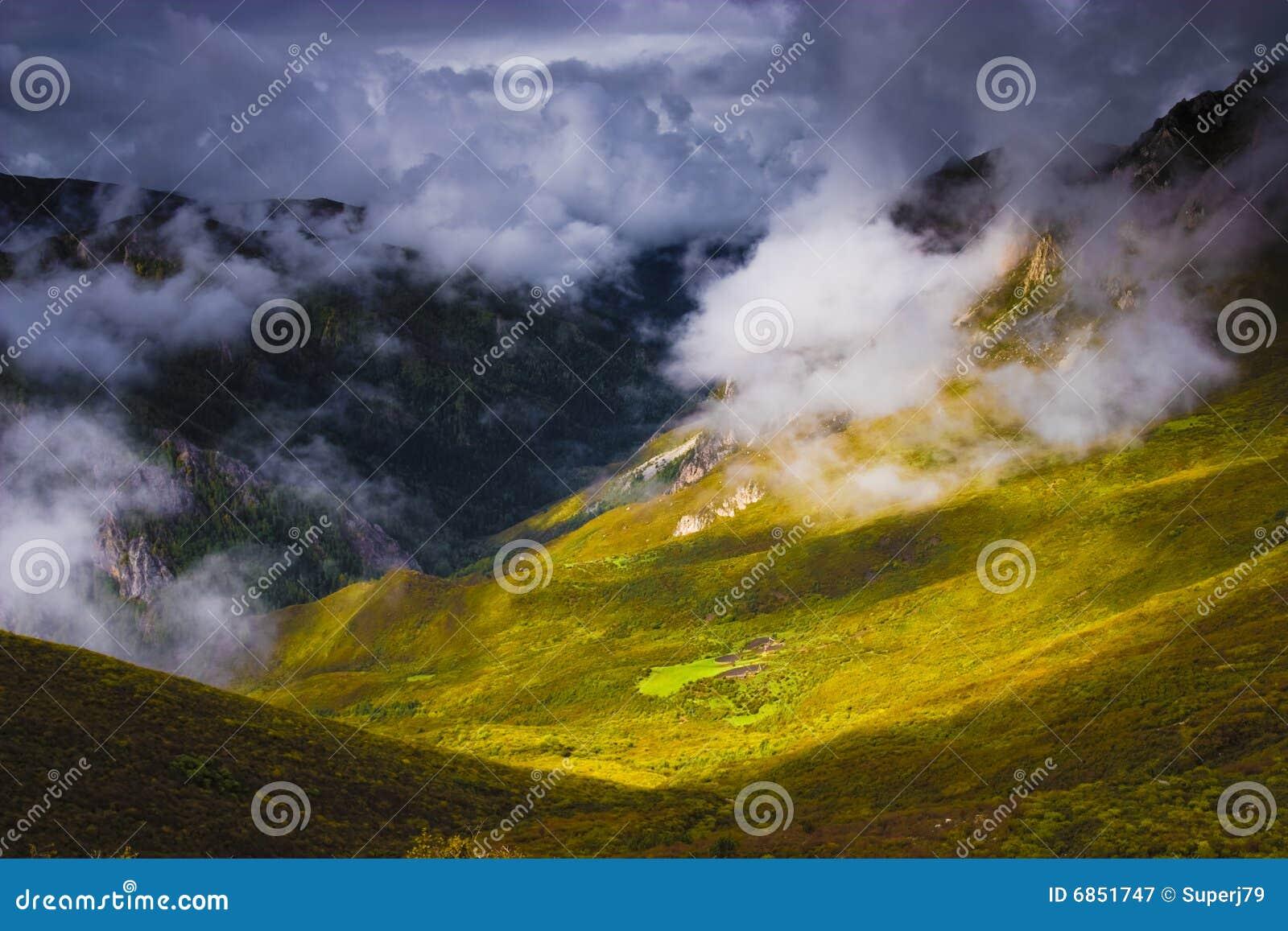 свет облаков