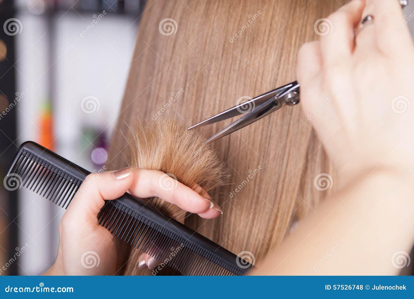 Сон стричь волосы машинкой