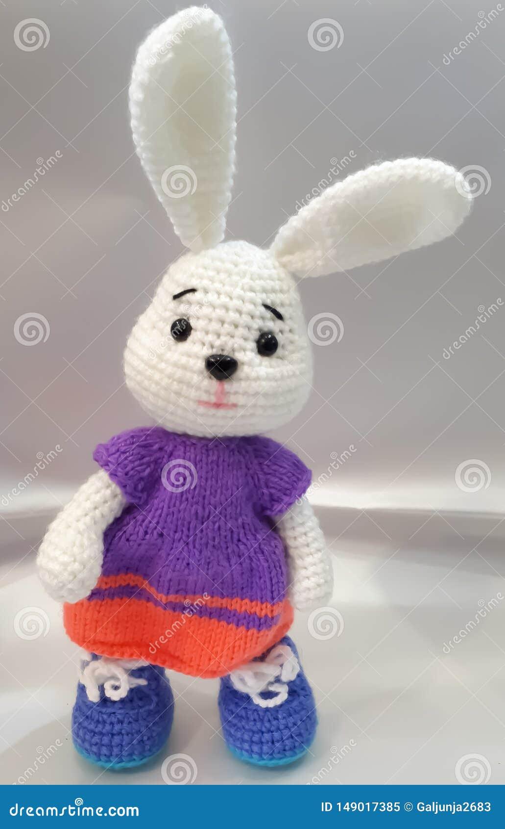 Связанные зайцы, ручная работа, белые, длинные уши, платье