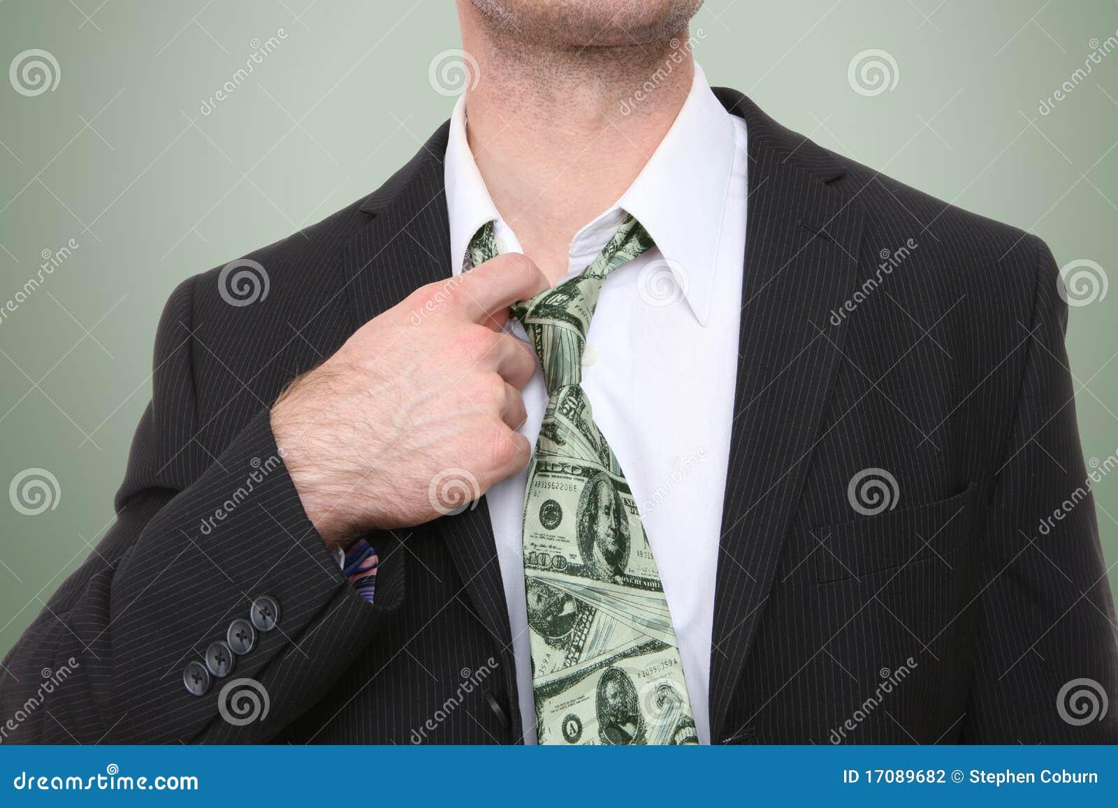 связь дег бизнесмена
