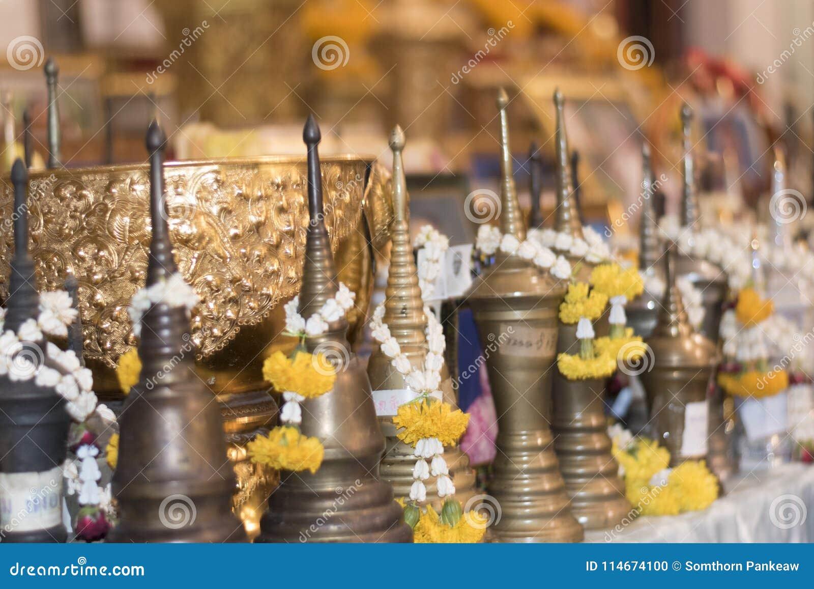 сделайте косточки заслуги от Таиланда