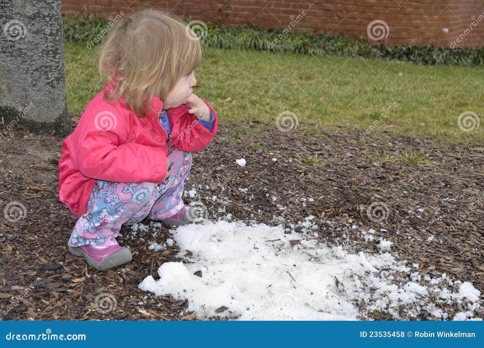 сдержанный последний снежок
