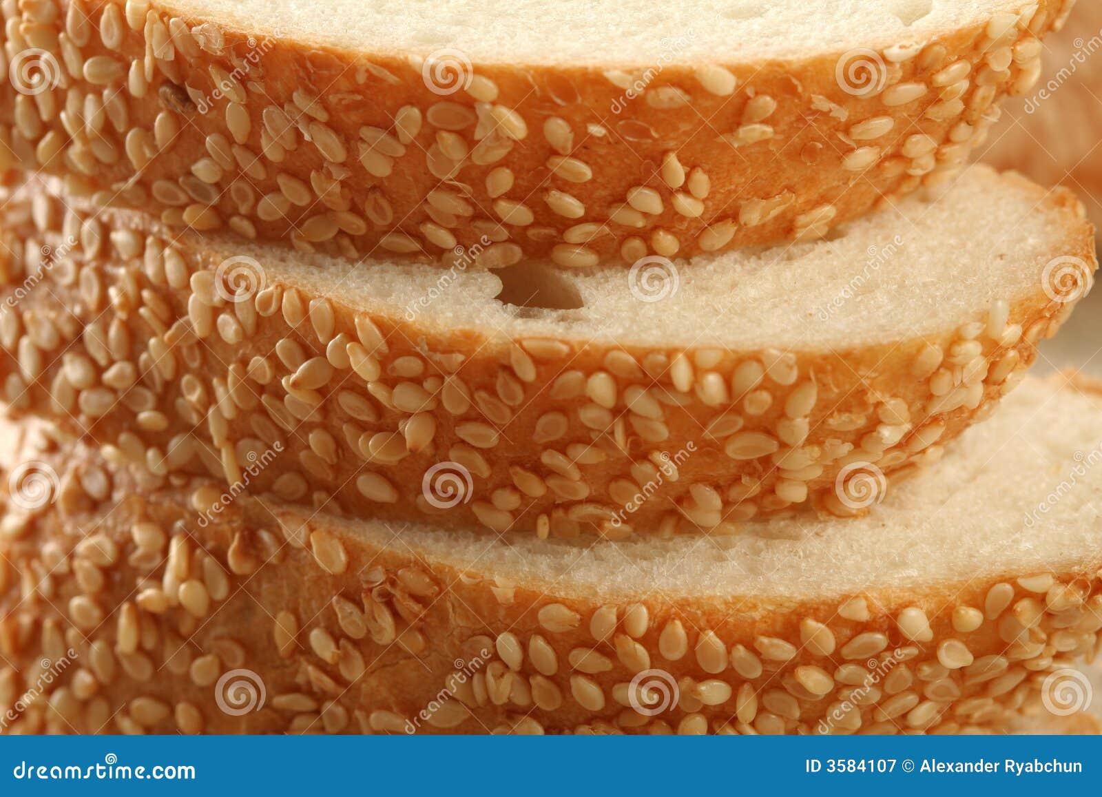 сезам хлеба свежий