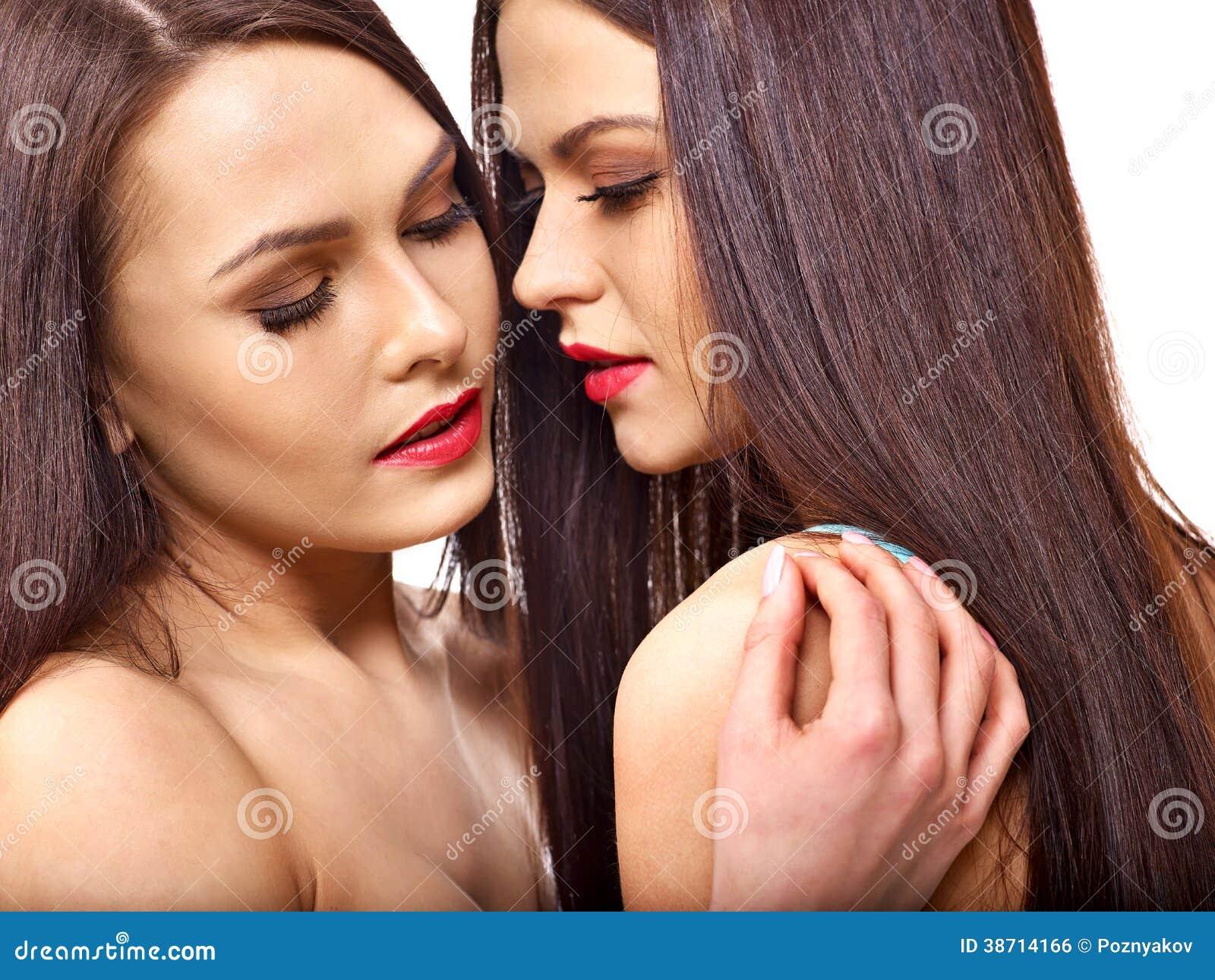 Фото телефон игры сексуальный поцелуй приключение рыжей зрелой