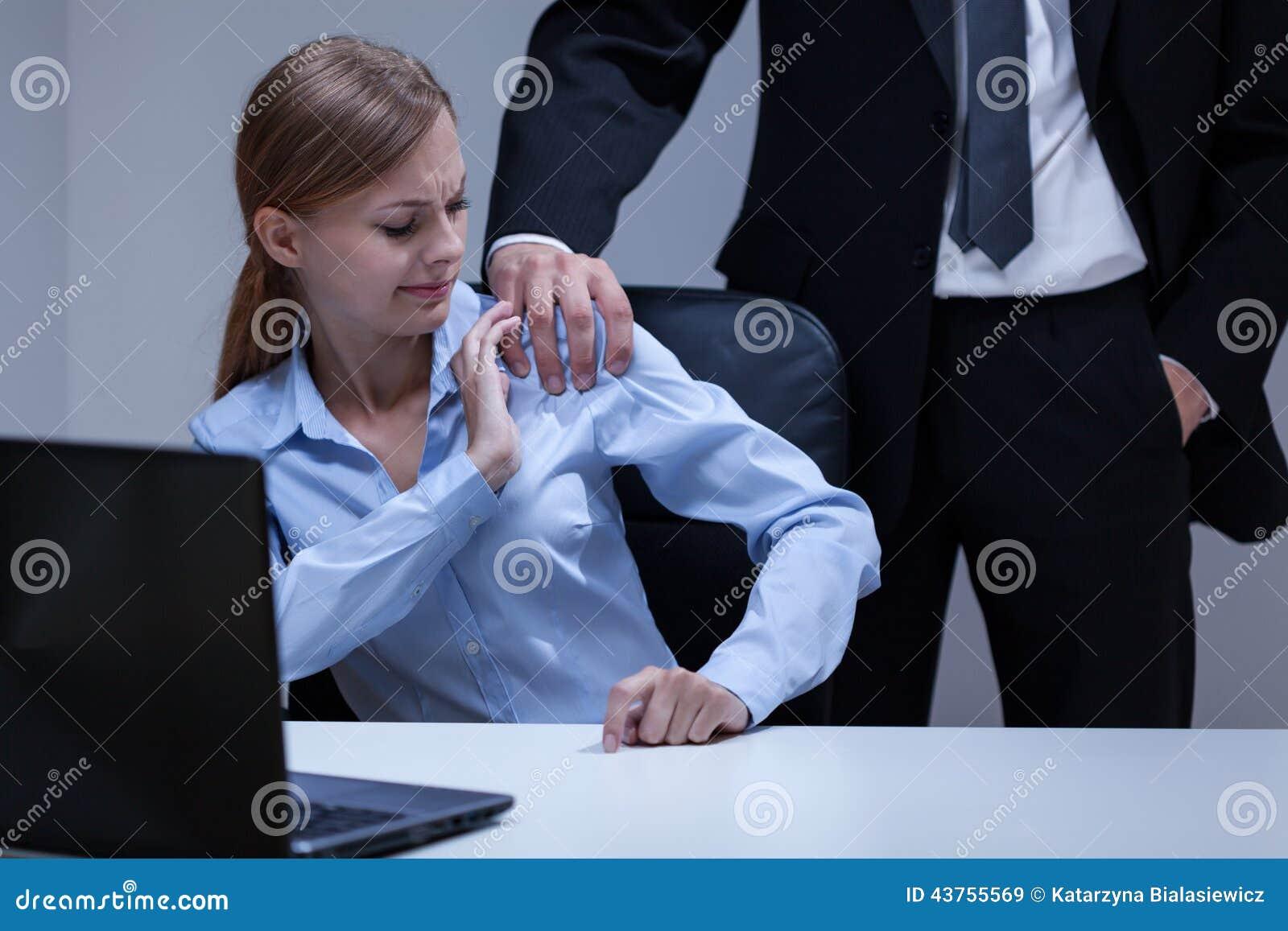 скрытие камера с домогательством в офисе