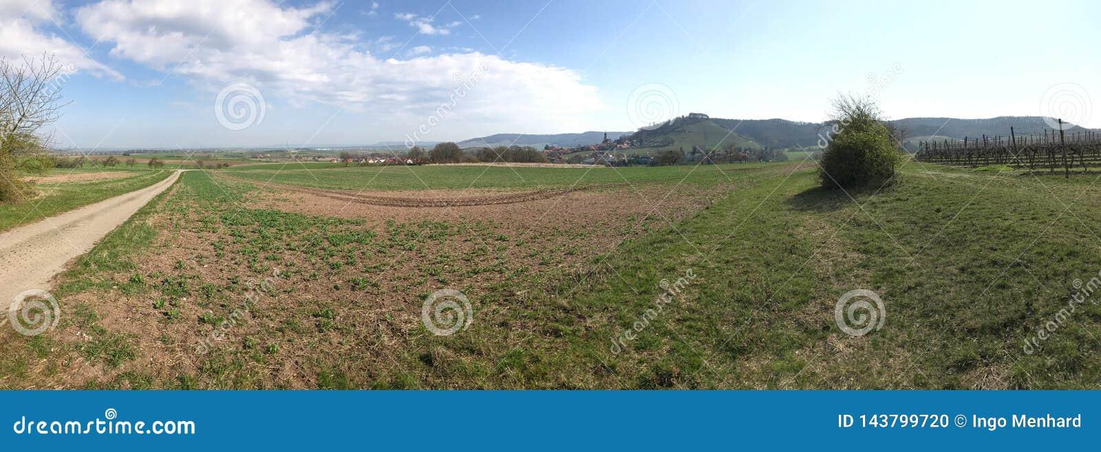 Сельский взгляд ландшафта к баварской сельской местности