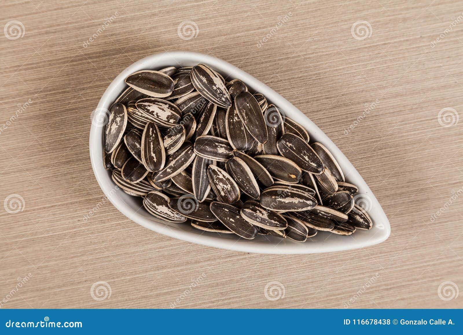 Семена подсолнуха - annuus подсолнечника