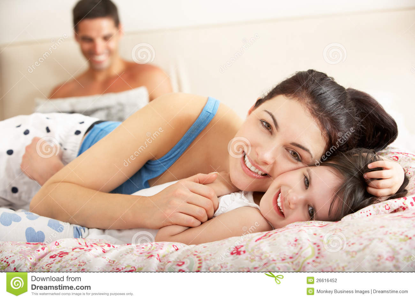 Секс о дочке, отец дочь: смотреть русское порно видео онлайн 29 фотография
