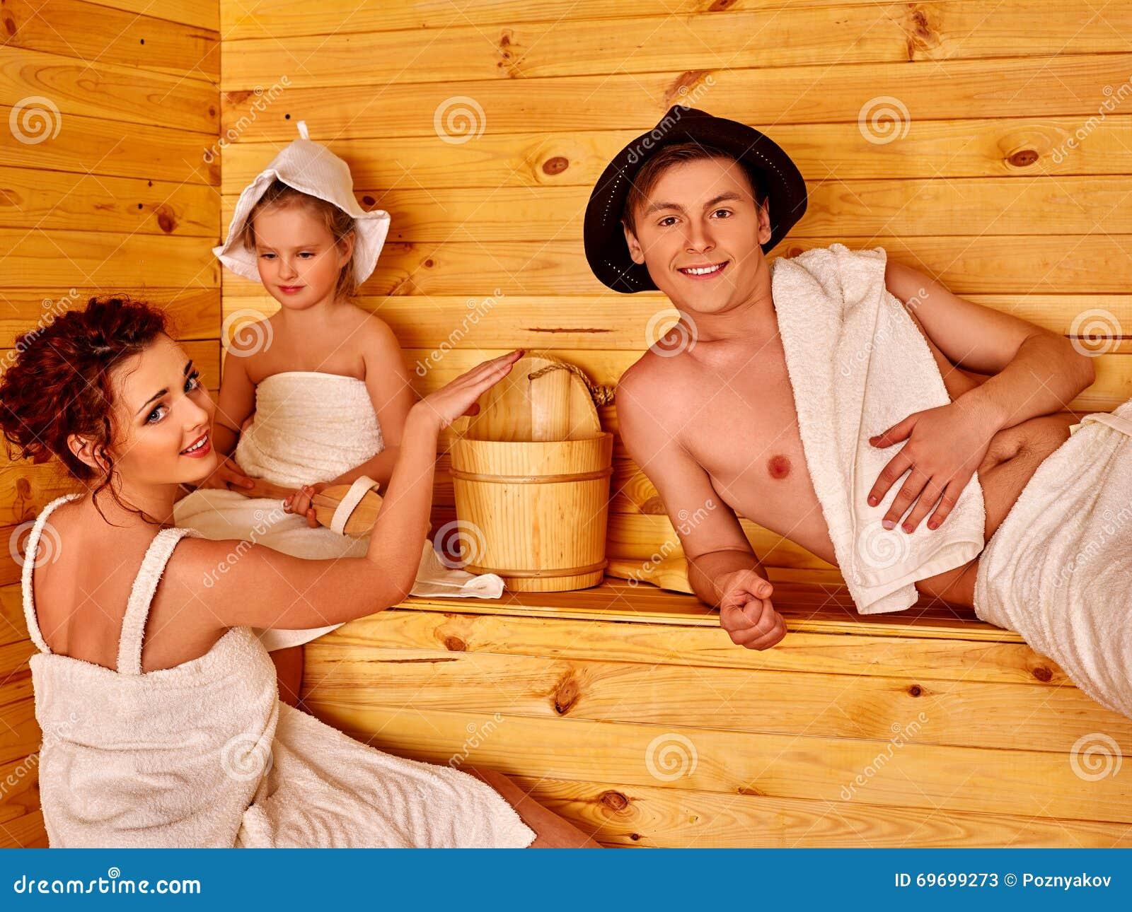 В бане семьи фото, одногруппницу видео в чулках порно