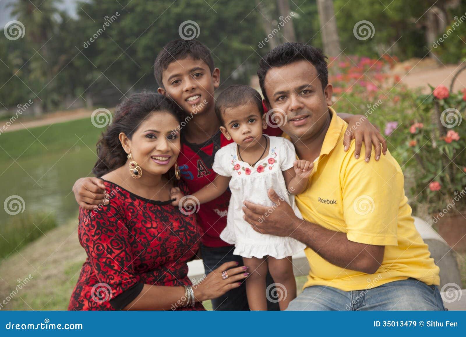 Семья ` s Amila