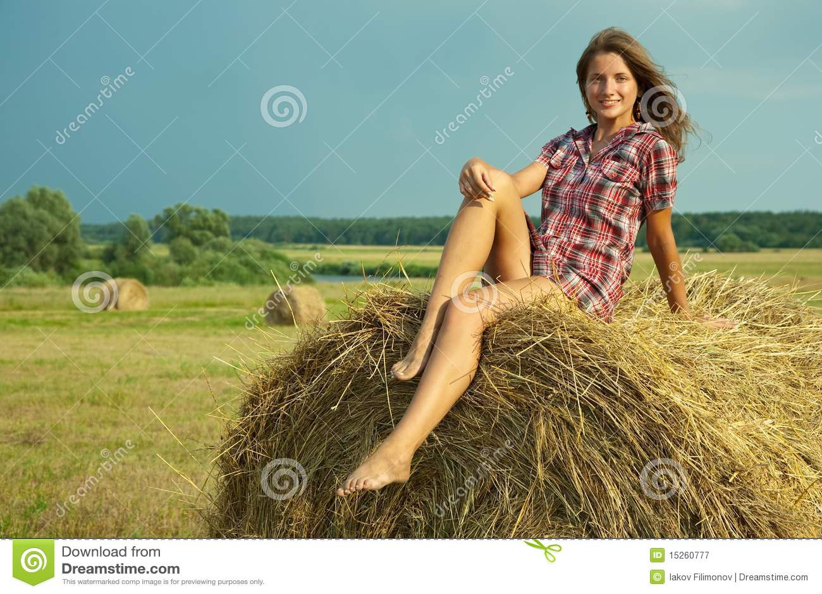 Рассказ с тетей на сеновале, Порно рассказ «Сеновал и деревенская оргия 25 фотография