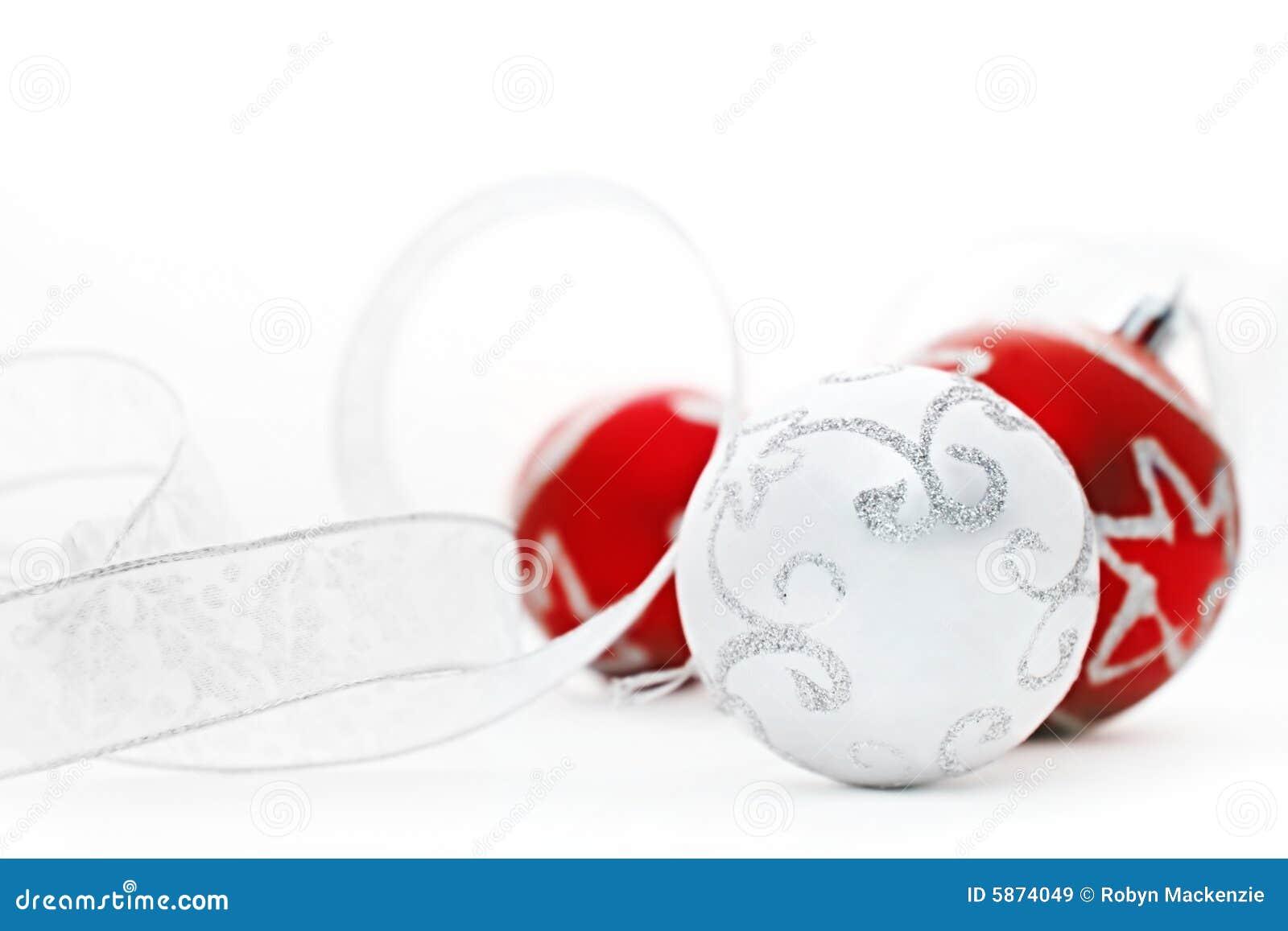 серебр красного цвета baubles