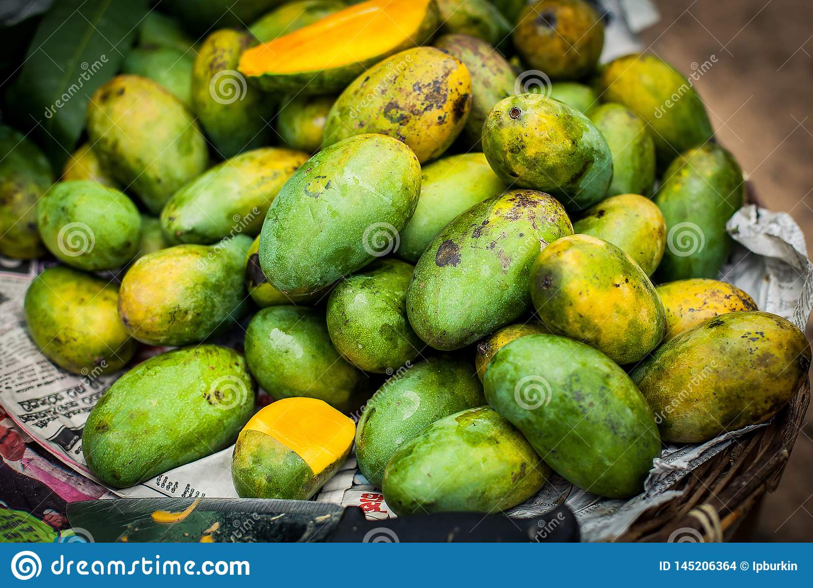 Серии свежих манго свежие фрукты растя манго экзотические плоды Шри-Ланка зеленый плод манго