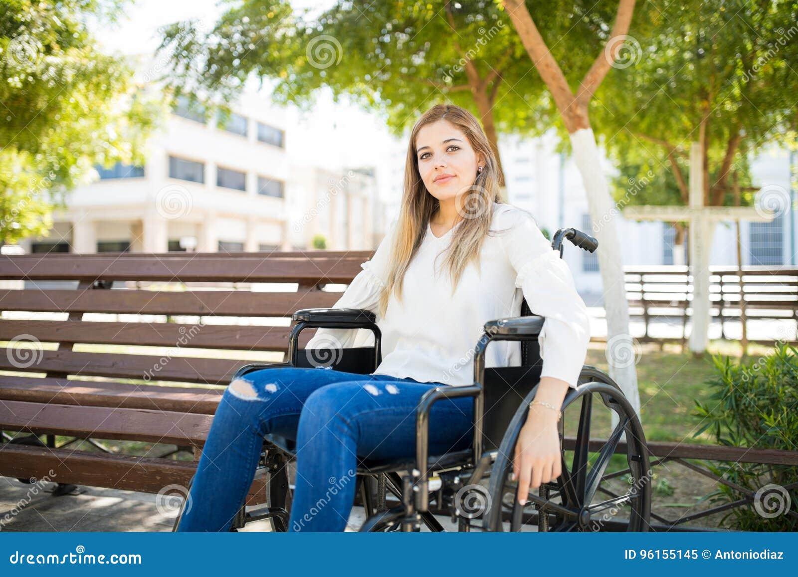 pretty-women-in-wheelchair-plastic-naked-big-boob-pics