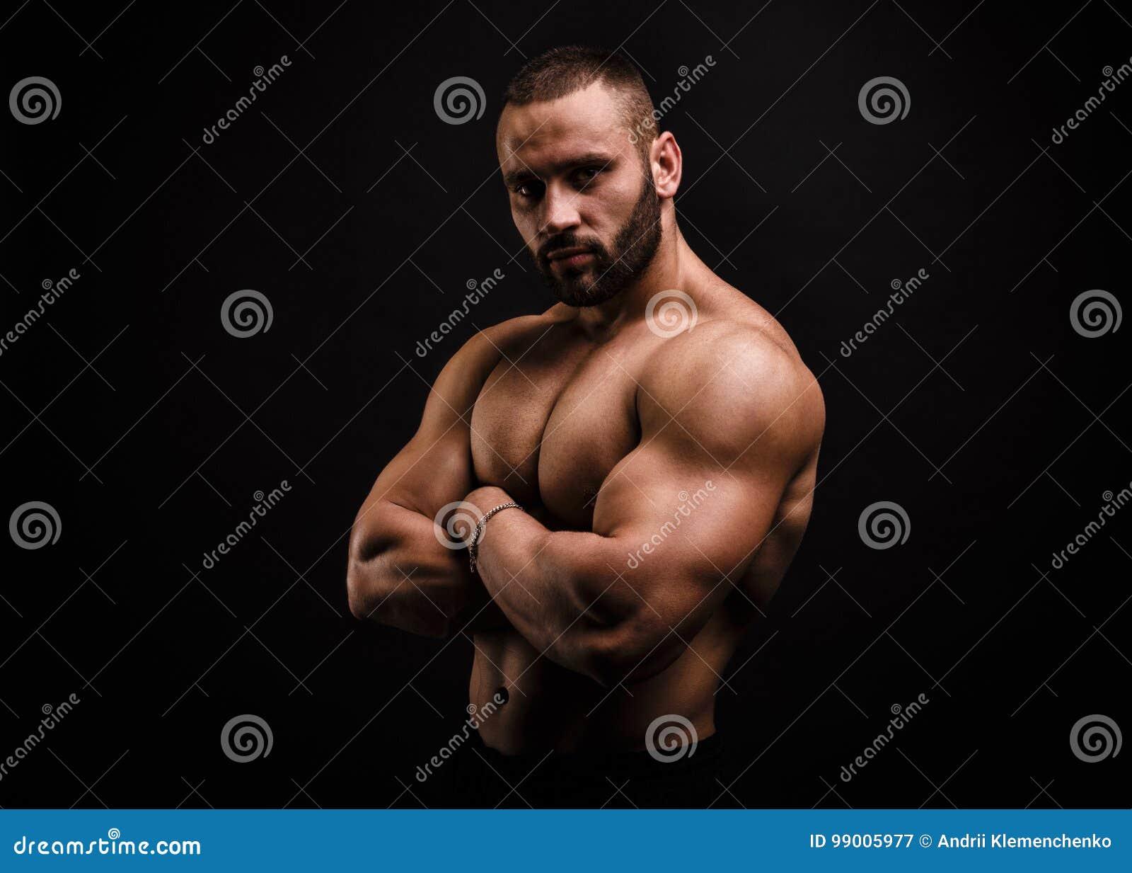 kulturist-v-sekse-zhenshini-porno-foto-seks-s-analnimi-busami