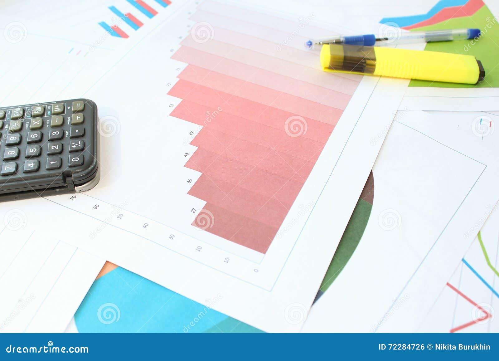 Download Серьезный рост в гистограмме Стоковое Фото - изображение насчитывающей экономия, bookishly: 72284726