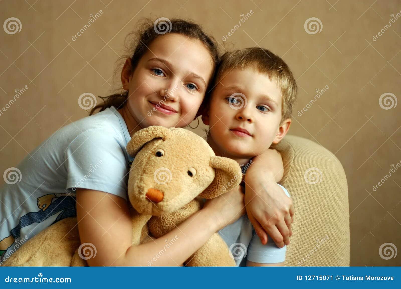 Русское брат кончил в сестру, Брат зашёл к сестре))) смотреть онлайн видео брат 23 фотография