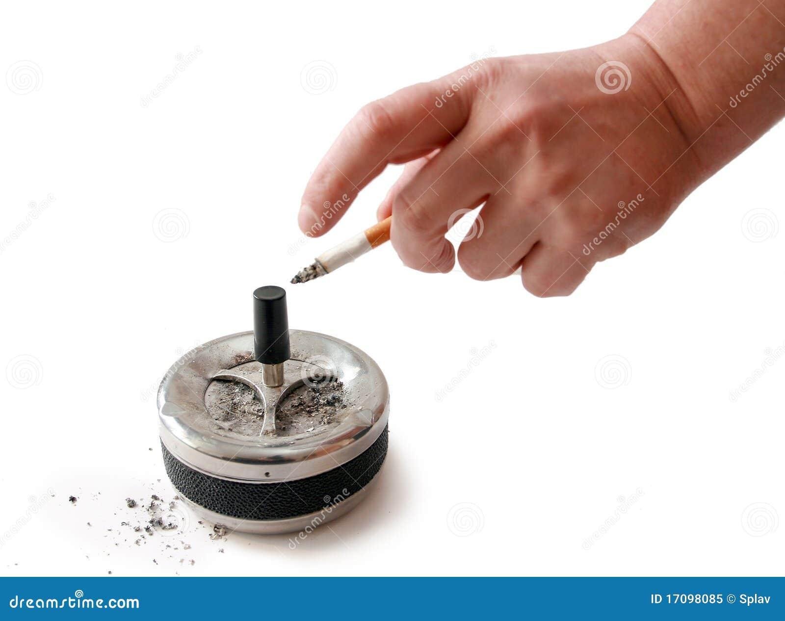 Сигарета в руке человека, Ashtray.