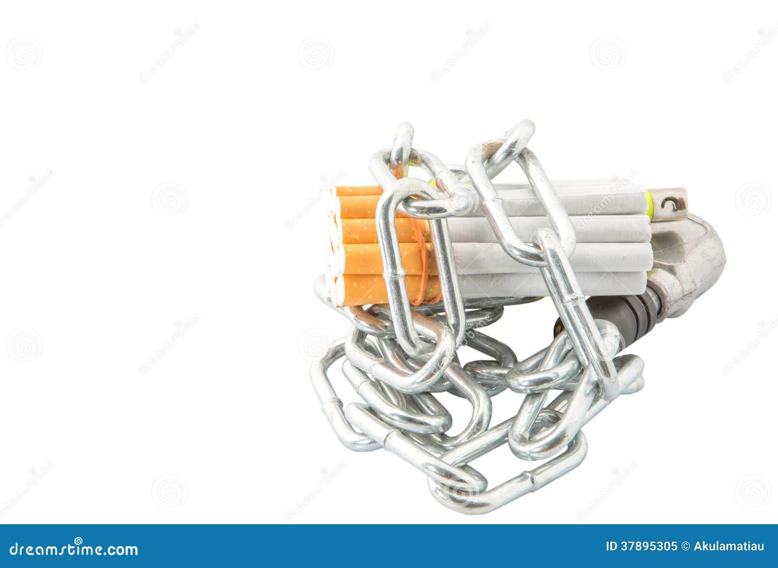 Сигарета, лихтер и цепи v