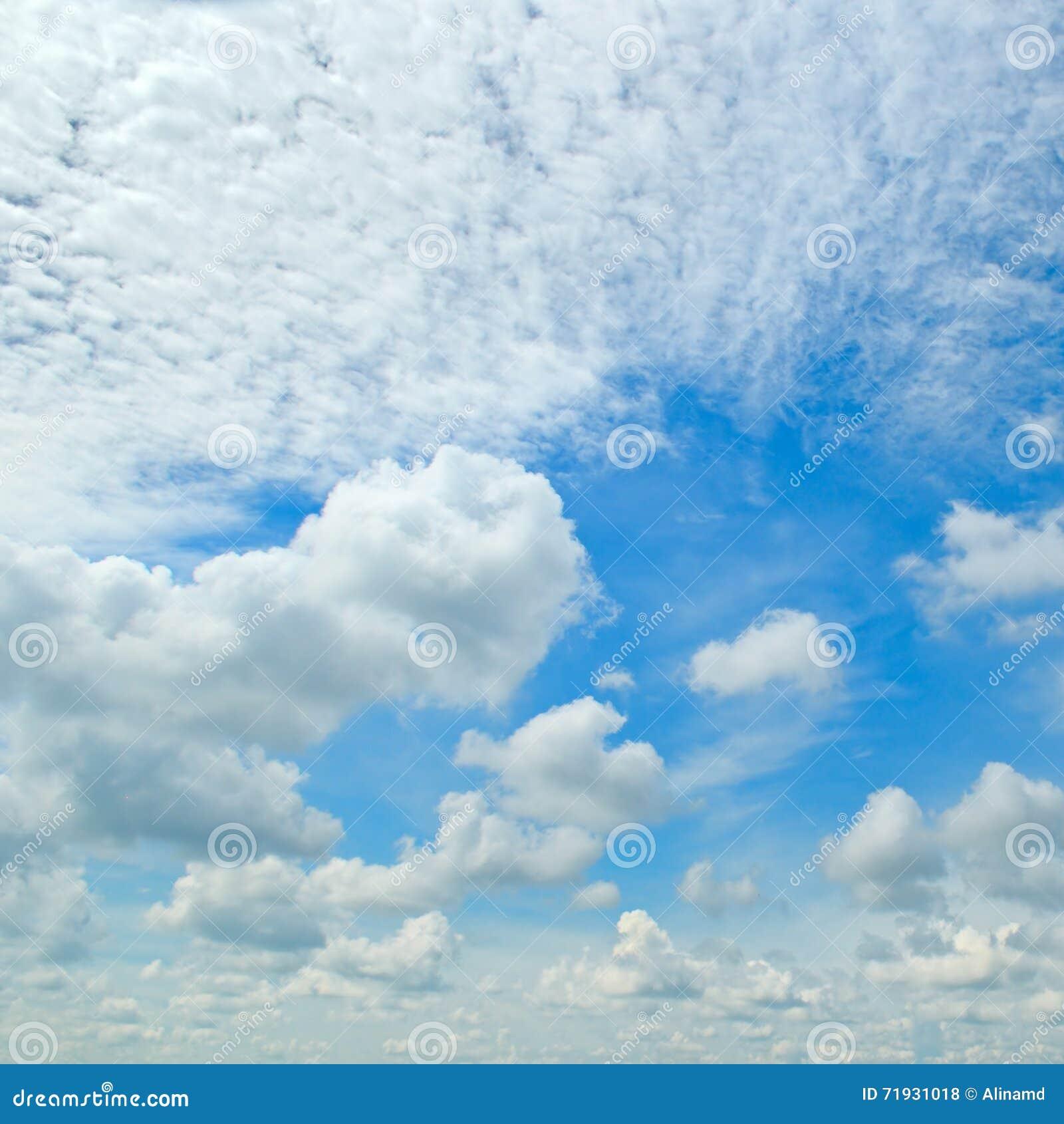 синь заволакивает небо кумулюса