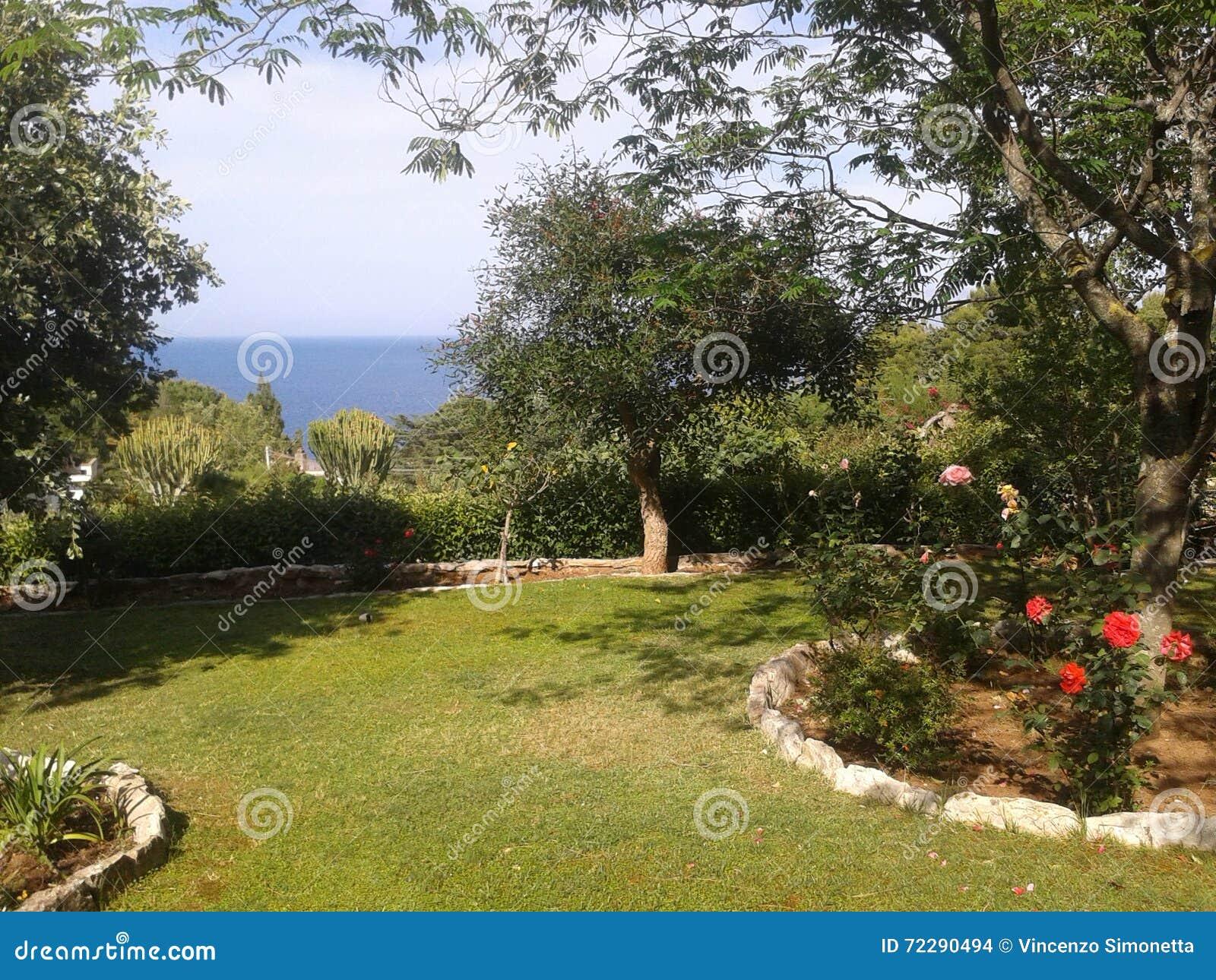 Download Сицилия стоковое фото. изображение насчитывающей сицилия - 72290494