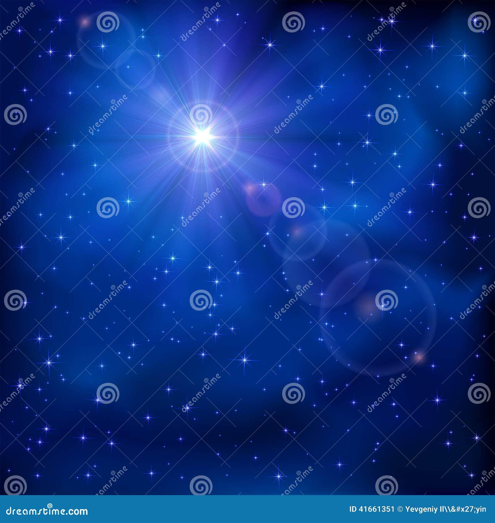 Сияющая звезда на ночном небе