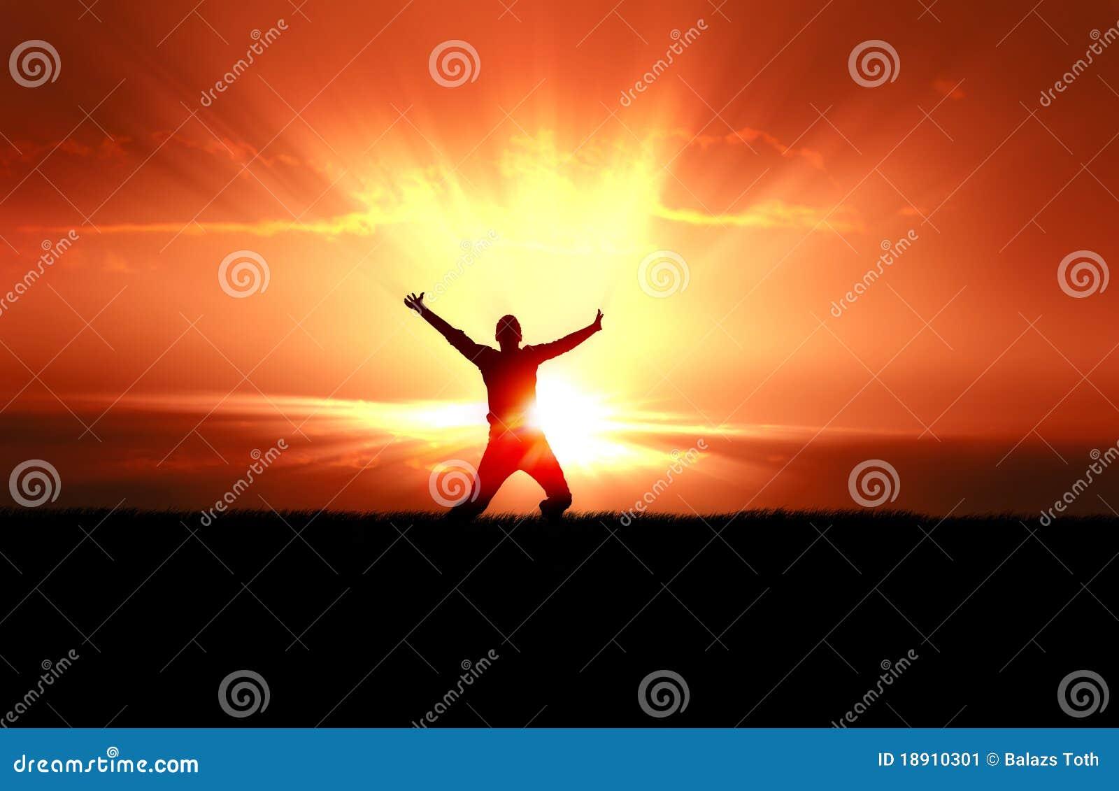 скача человек излучает солнце