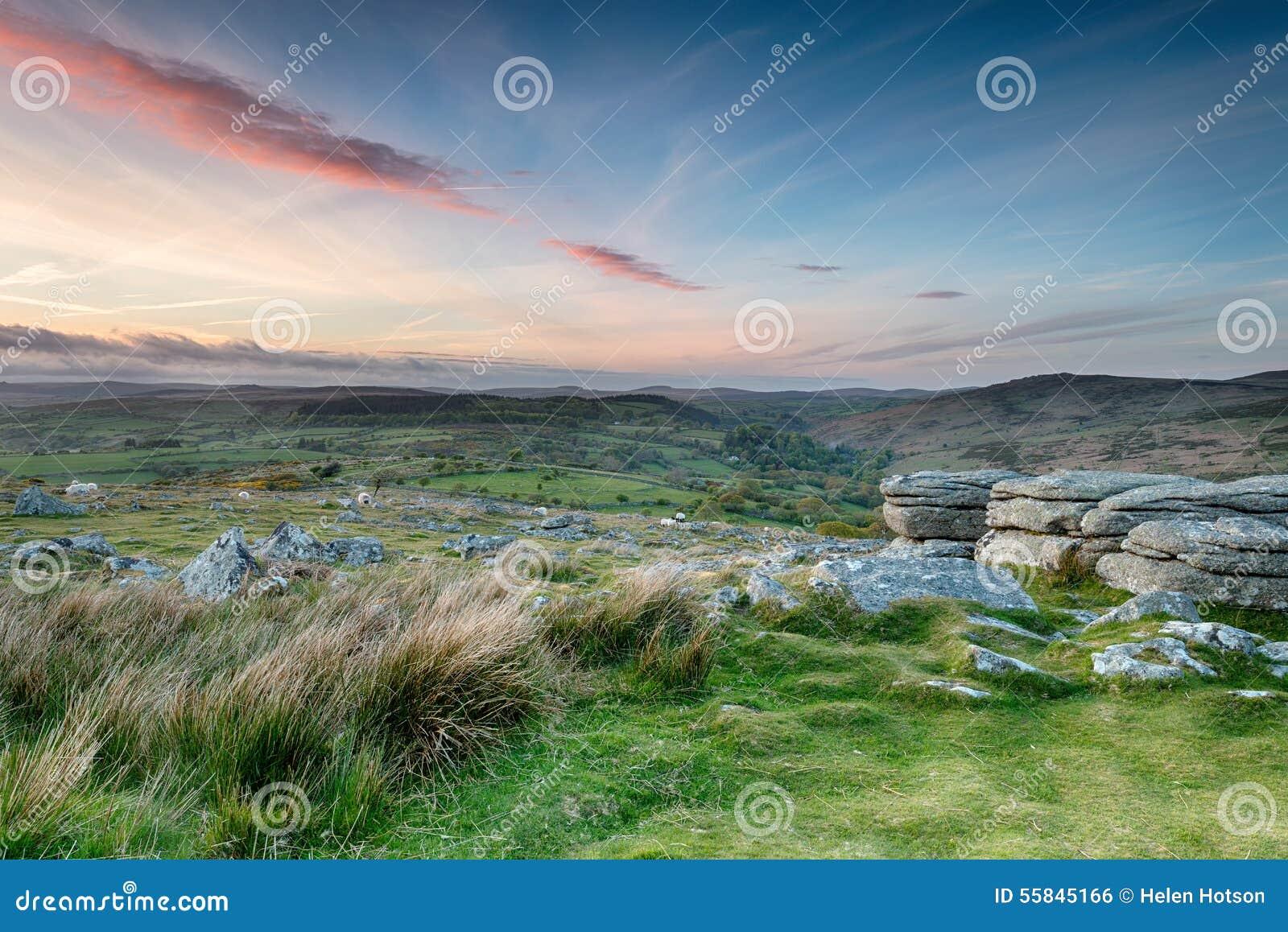 Скалистая вершина Coombestone