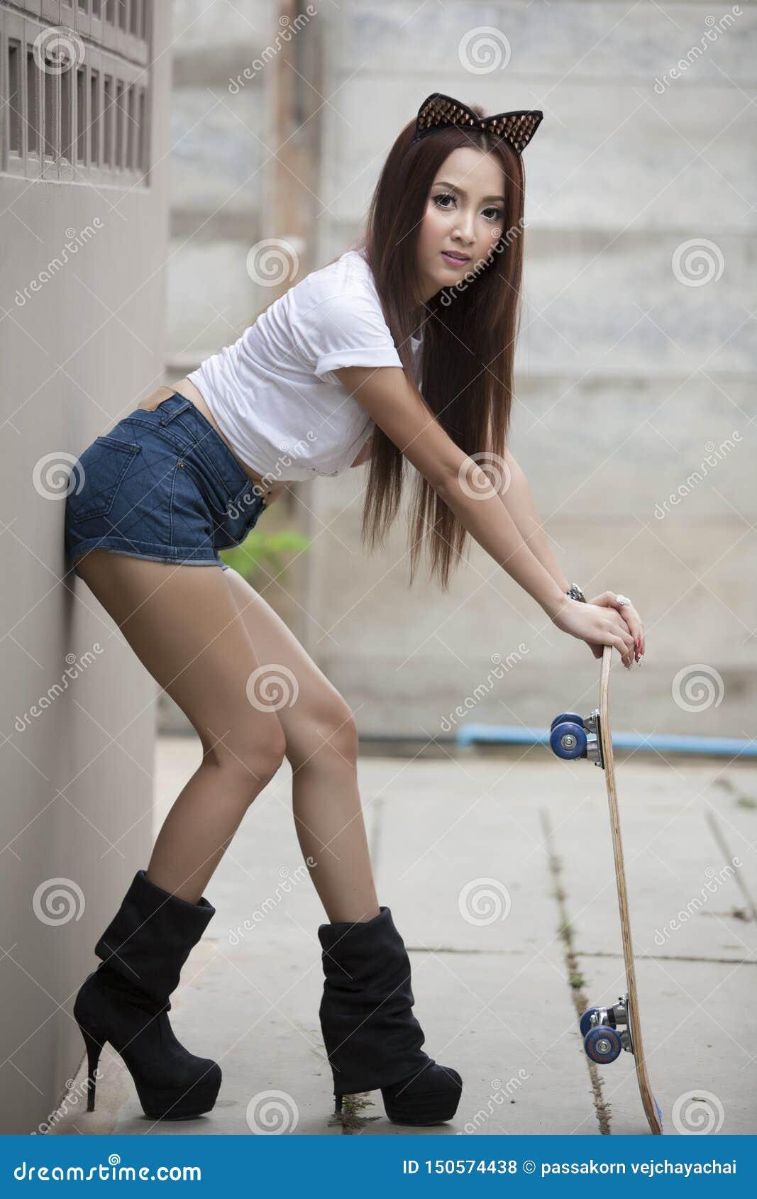 Скейтборды девушки