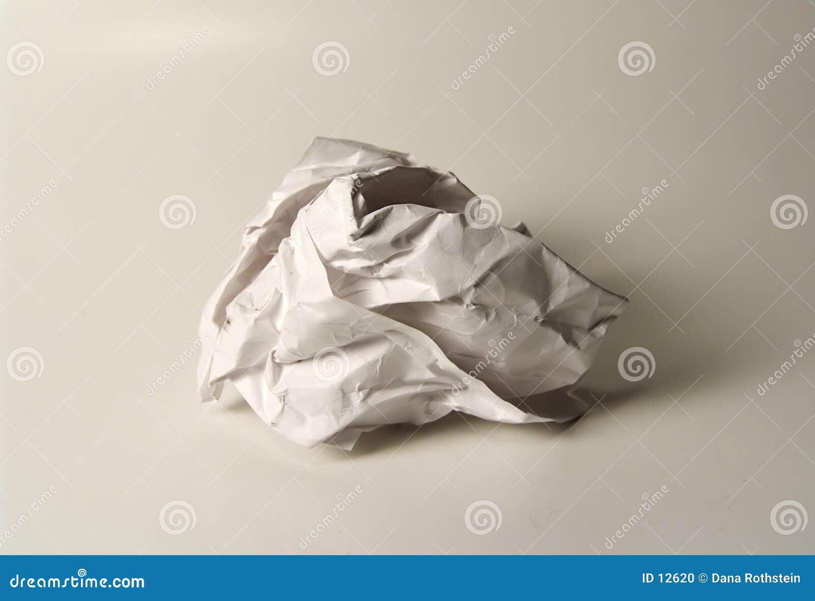 скомканная бумага
