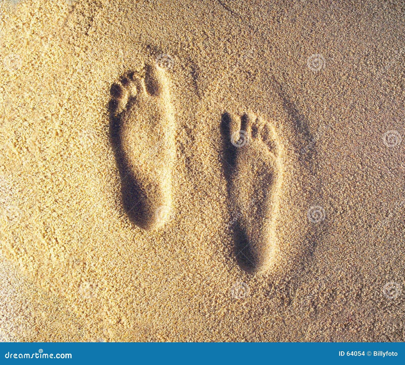 следы ноги