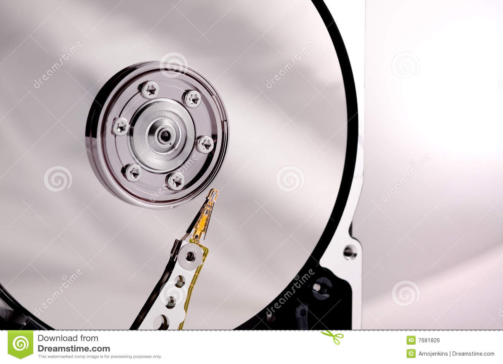 случай управляет трудным диском иглы