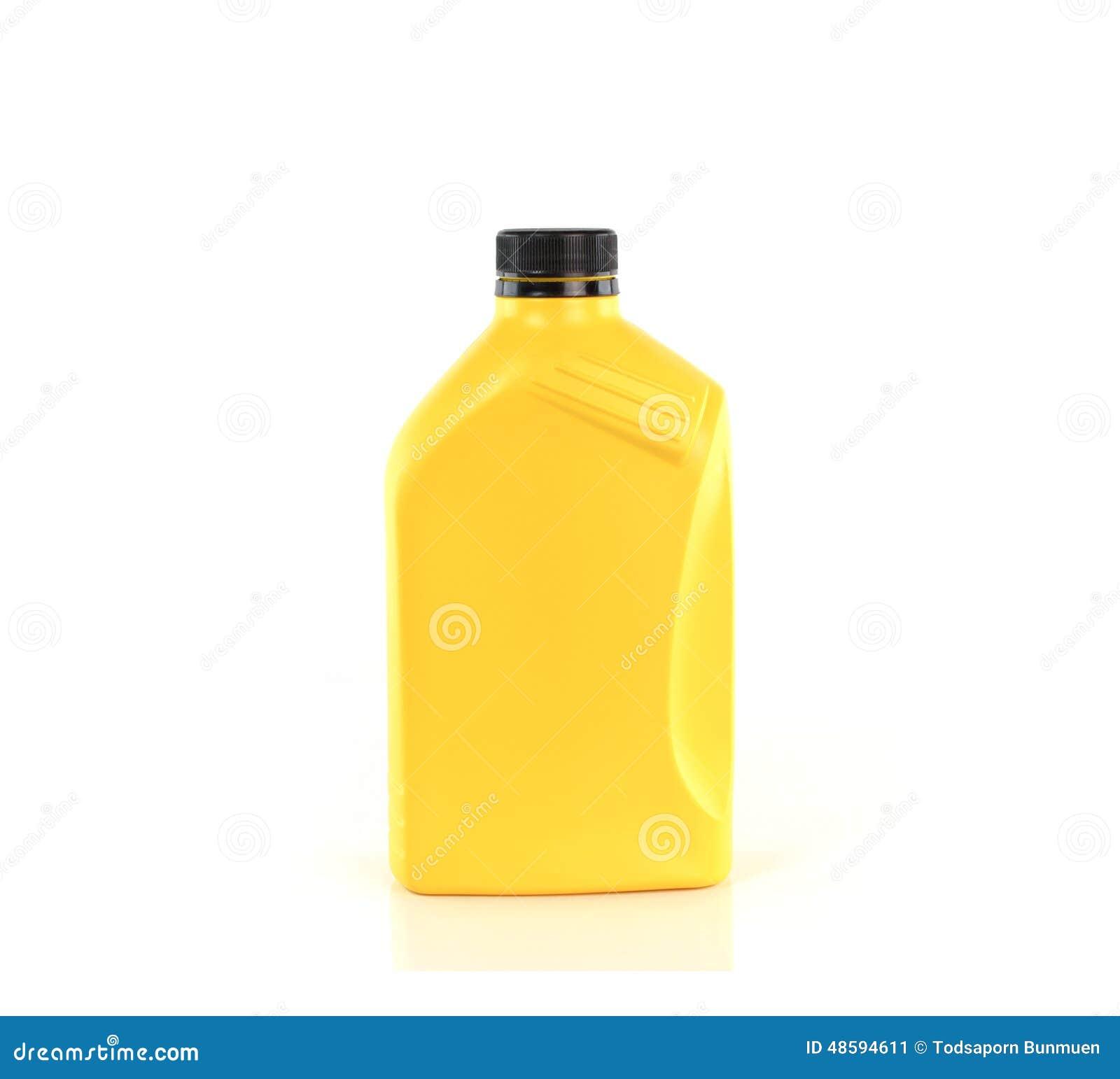 Смазки, бутылка автотракторного масла изолированная на белой предпосылке