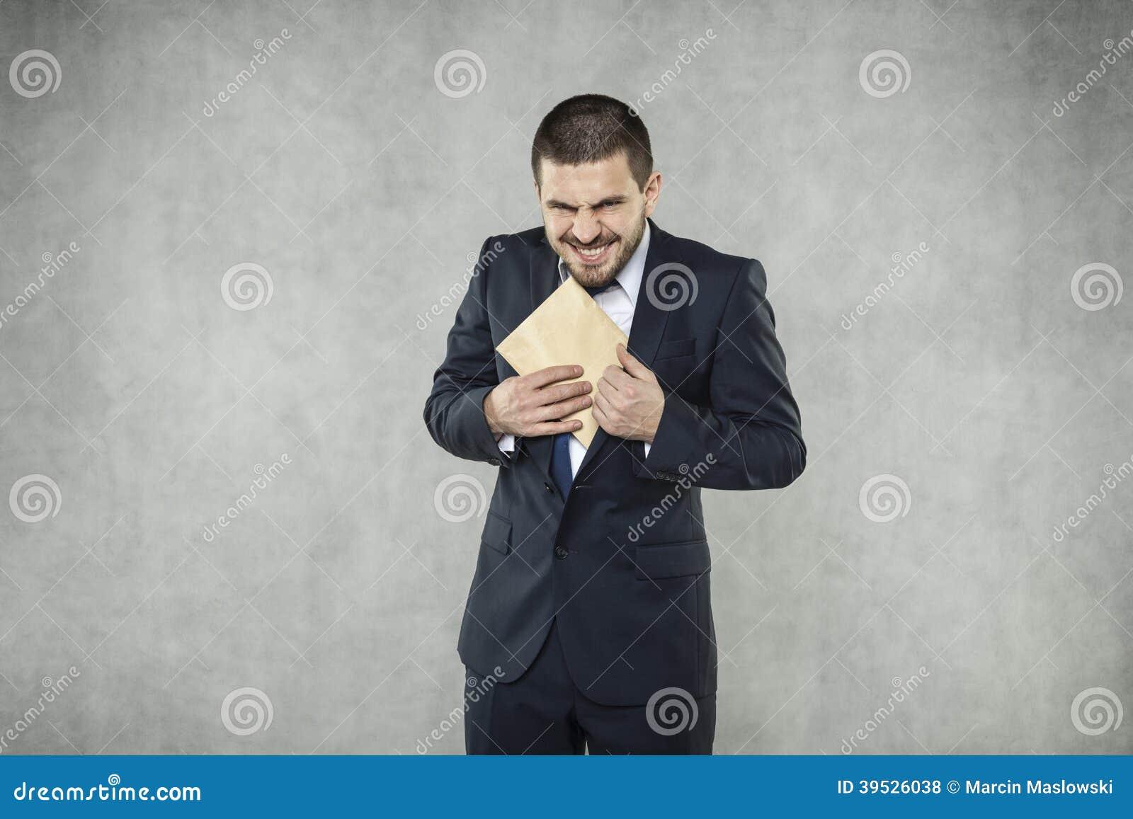 Смешной бизнесмен принимает взятку