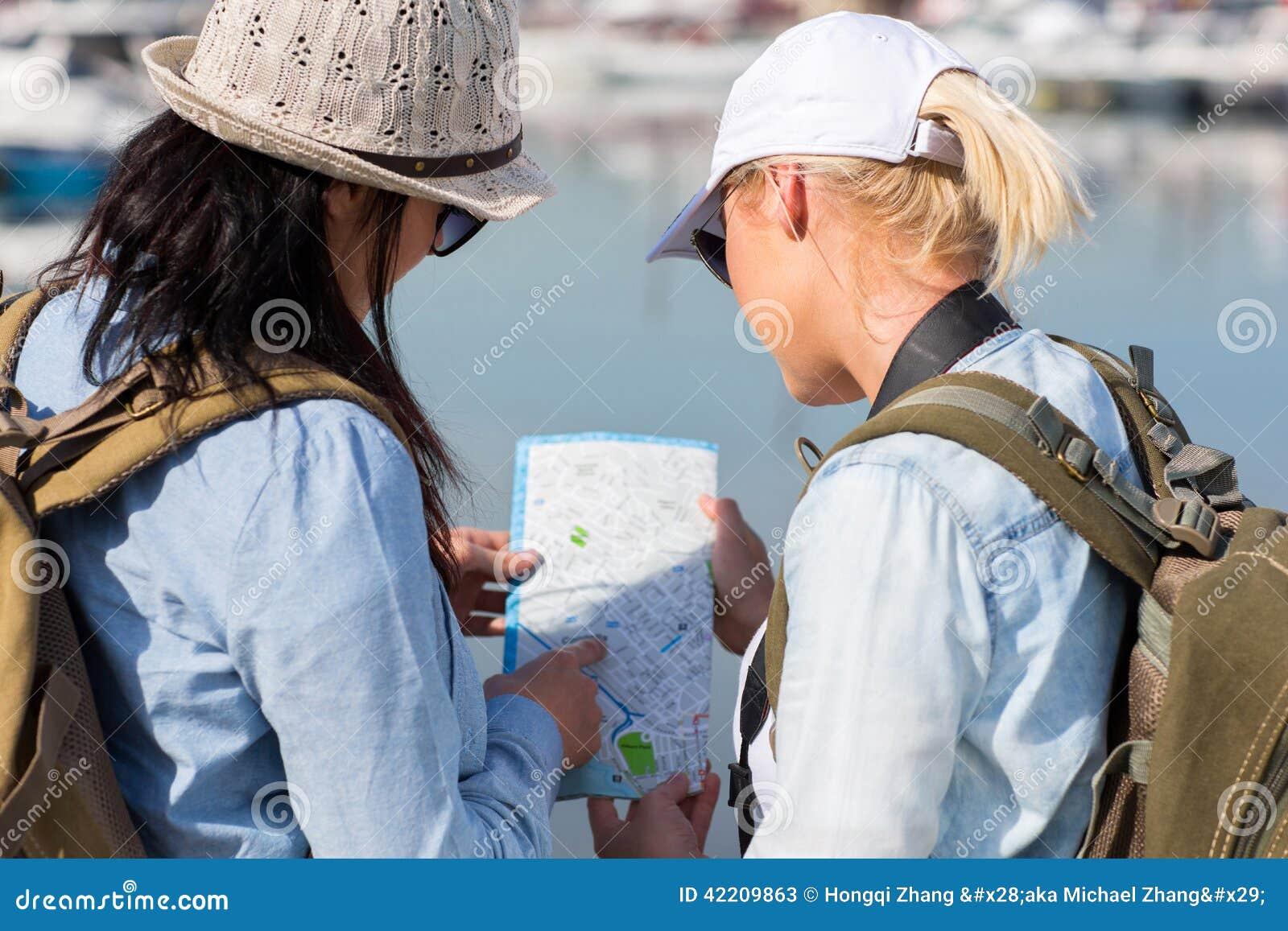 смотреть туристов карты