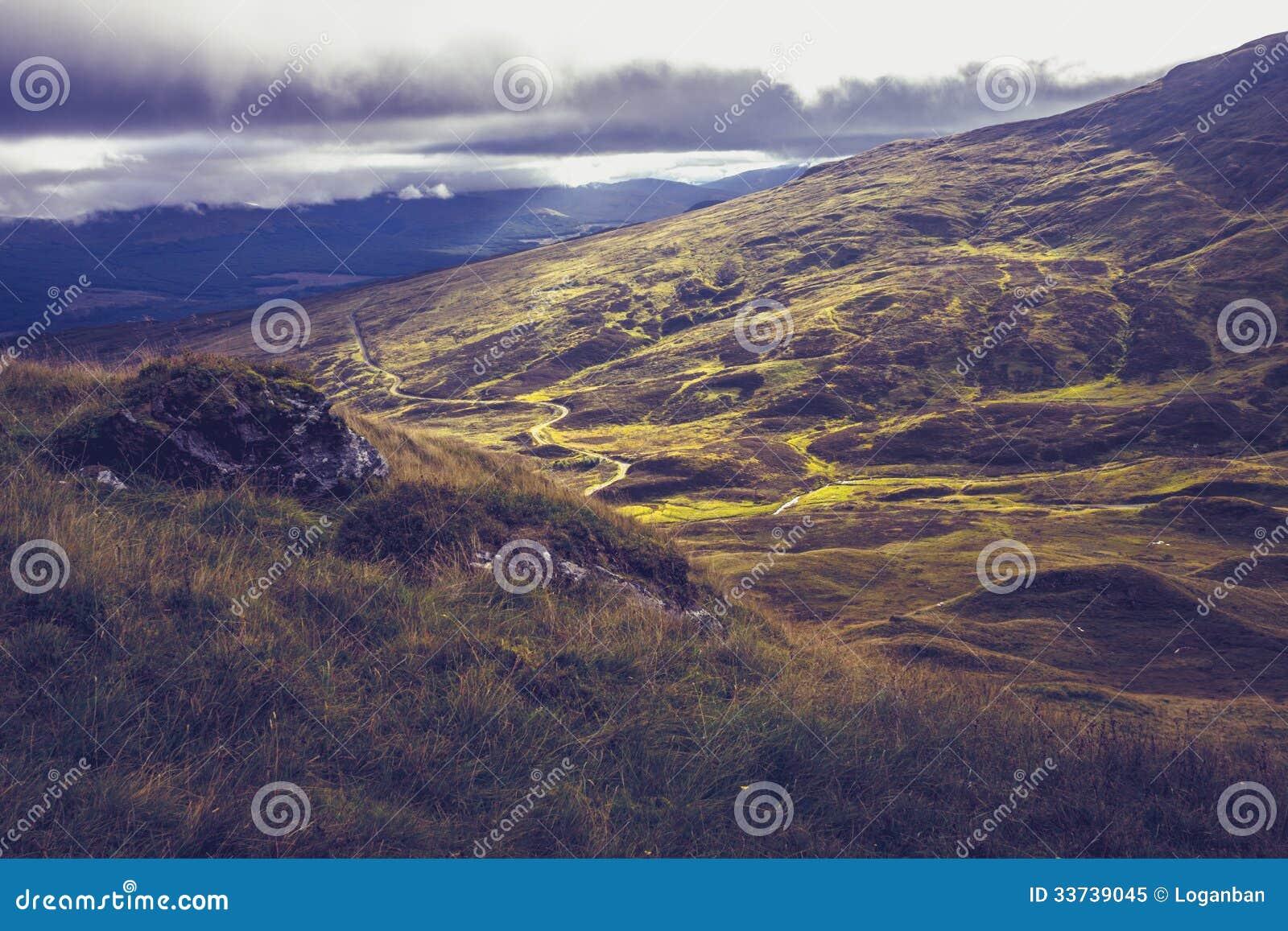 Сногсшибательный взгляд от верхней части горы