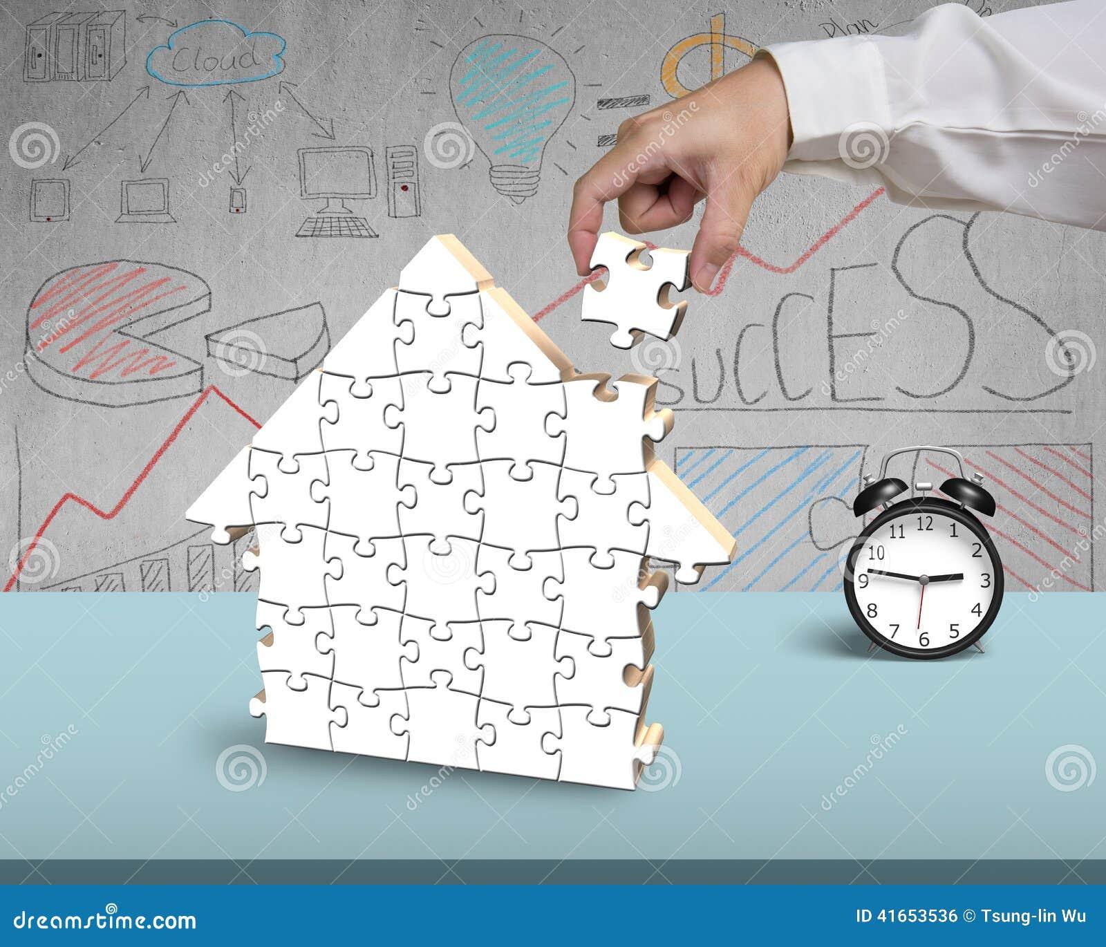 Собирая головоломки для формы дома в офисе