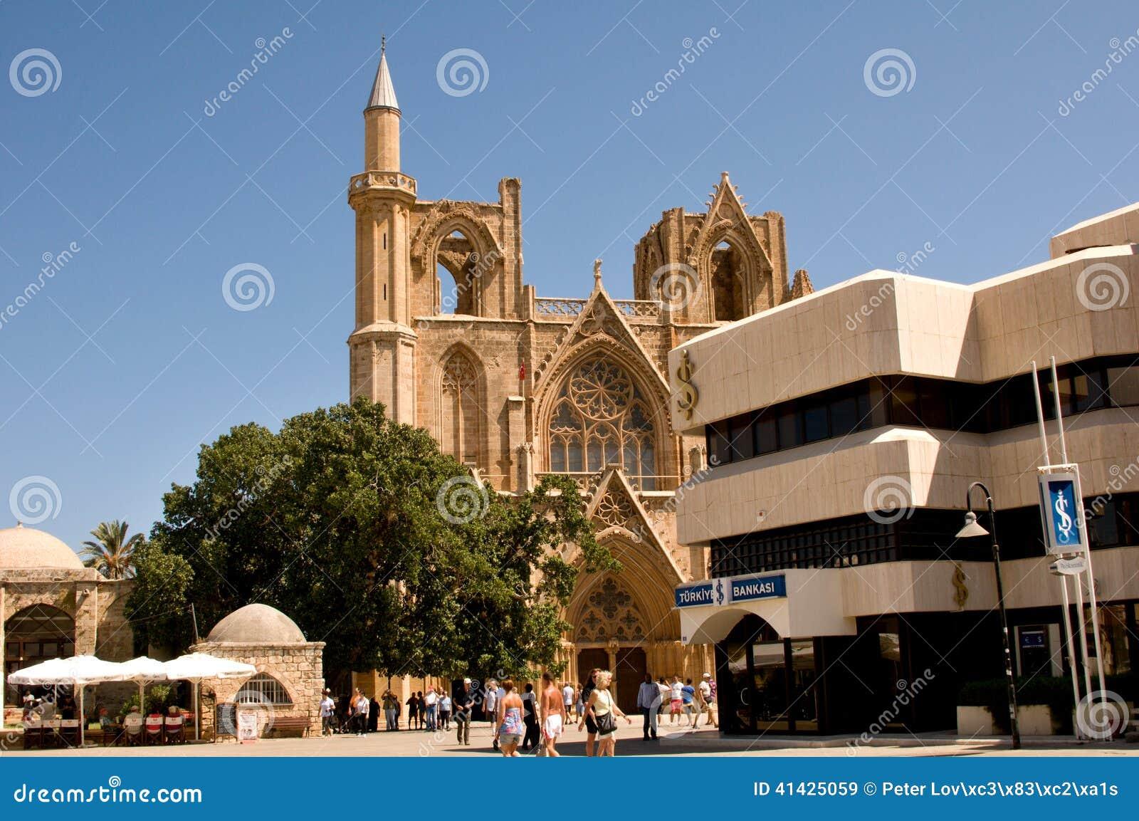 Собор St Nicholas - городок Famagusta