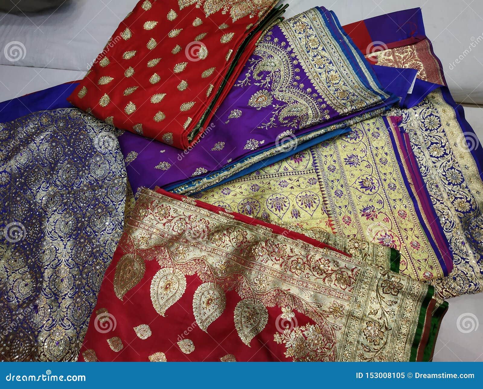 Собрание сари paitani замужества