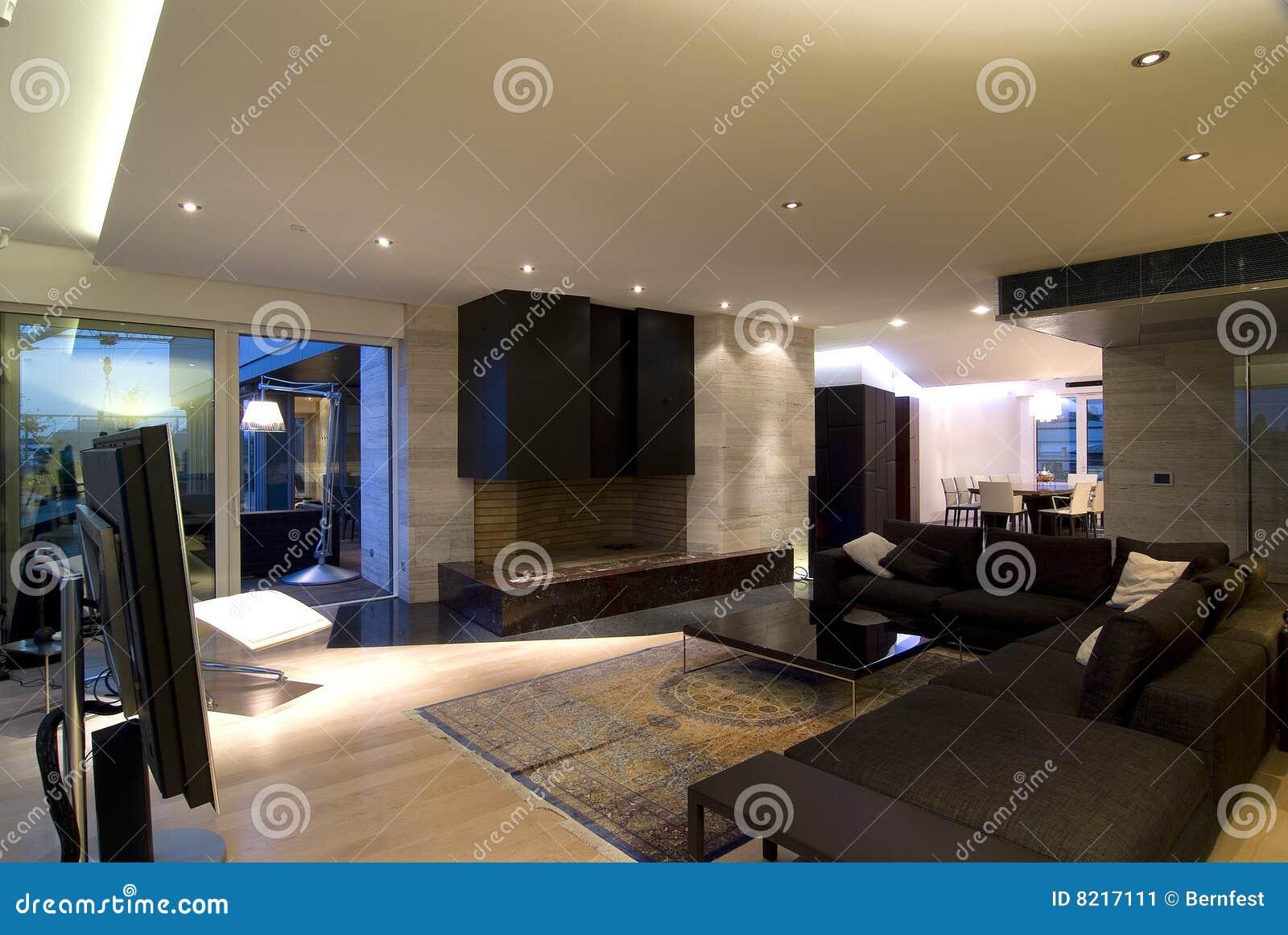 современная просторная квартира
