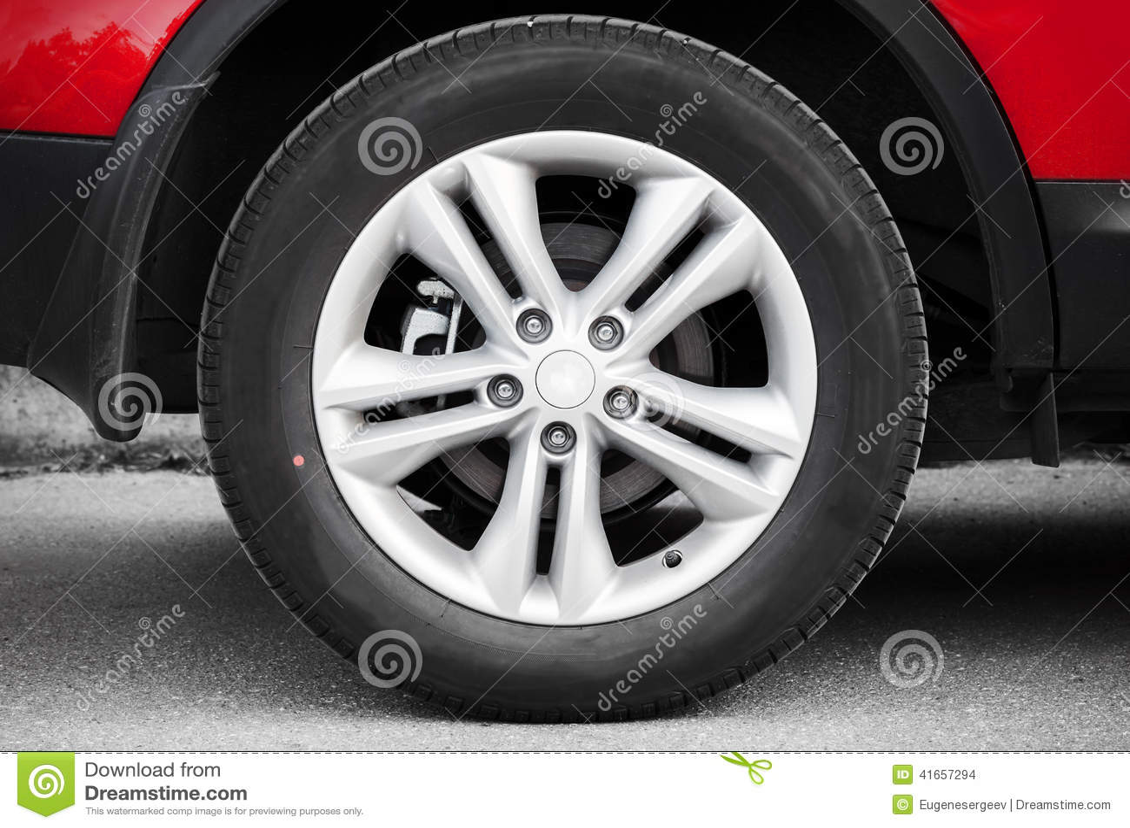 Современное автомобильное колесо