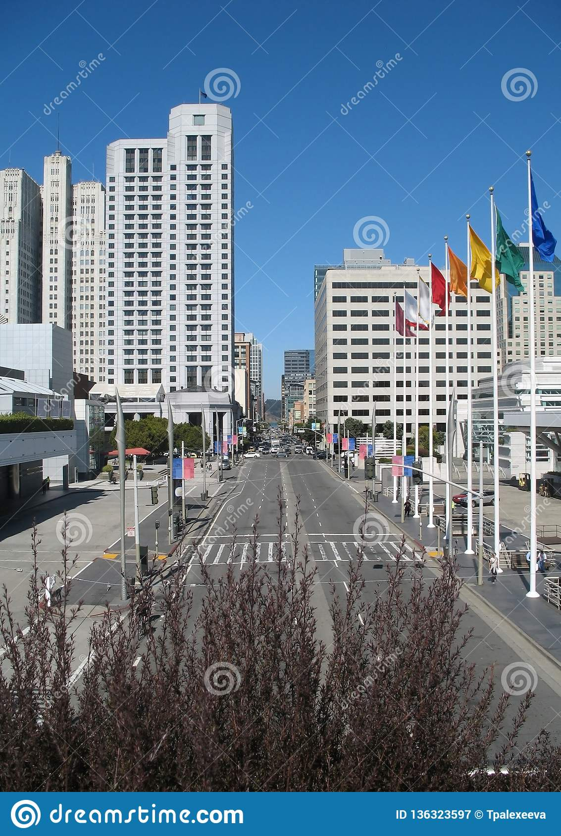 Современные улицы городского Сан-Франциско Калифорния, объединенное государство Америки