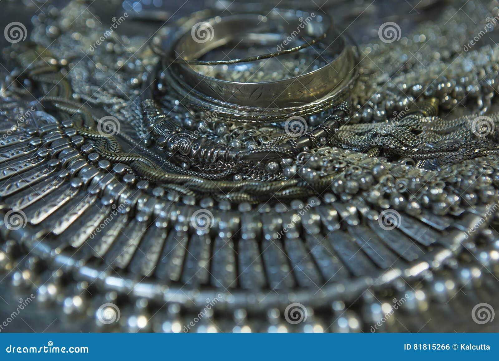 Сокровище, куча красивых восточных серебряных Bridal ювелирных изделий Indi