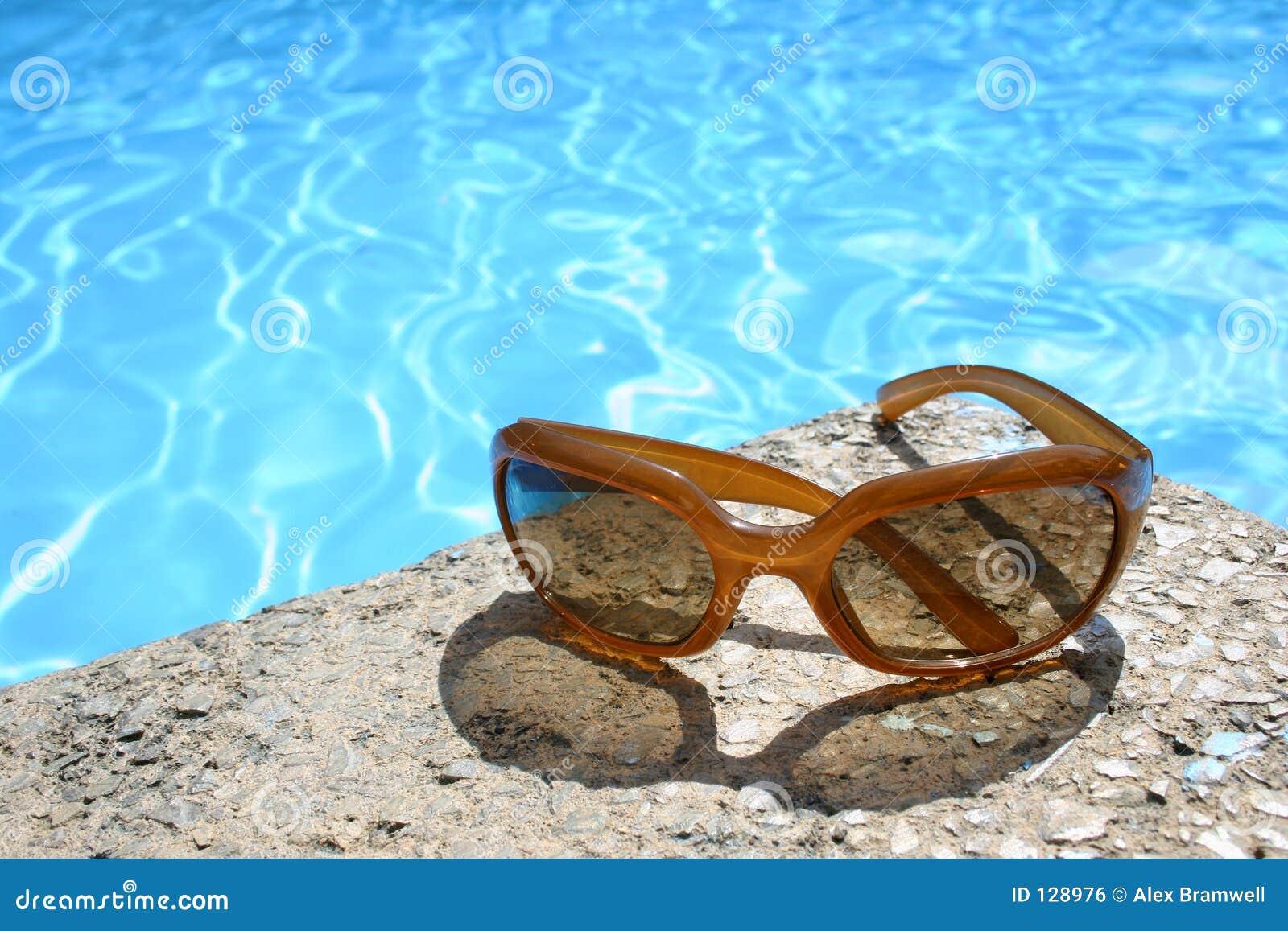 солнечные очки бассеина