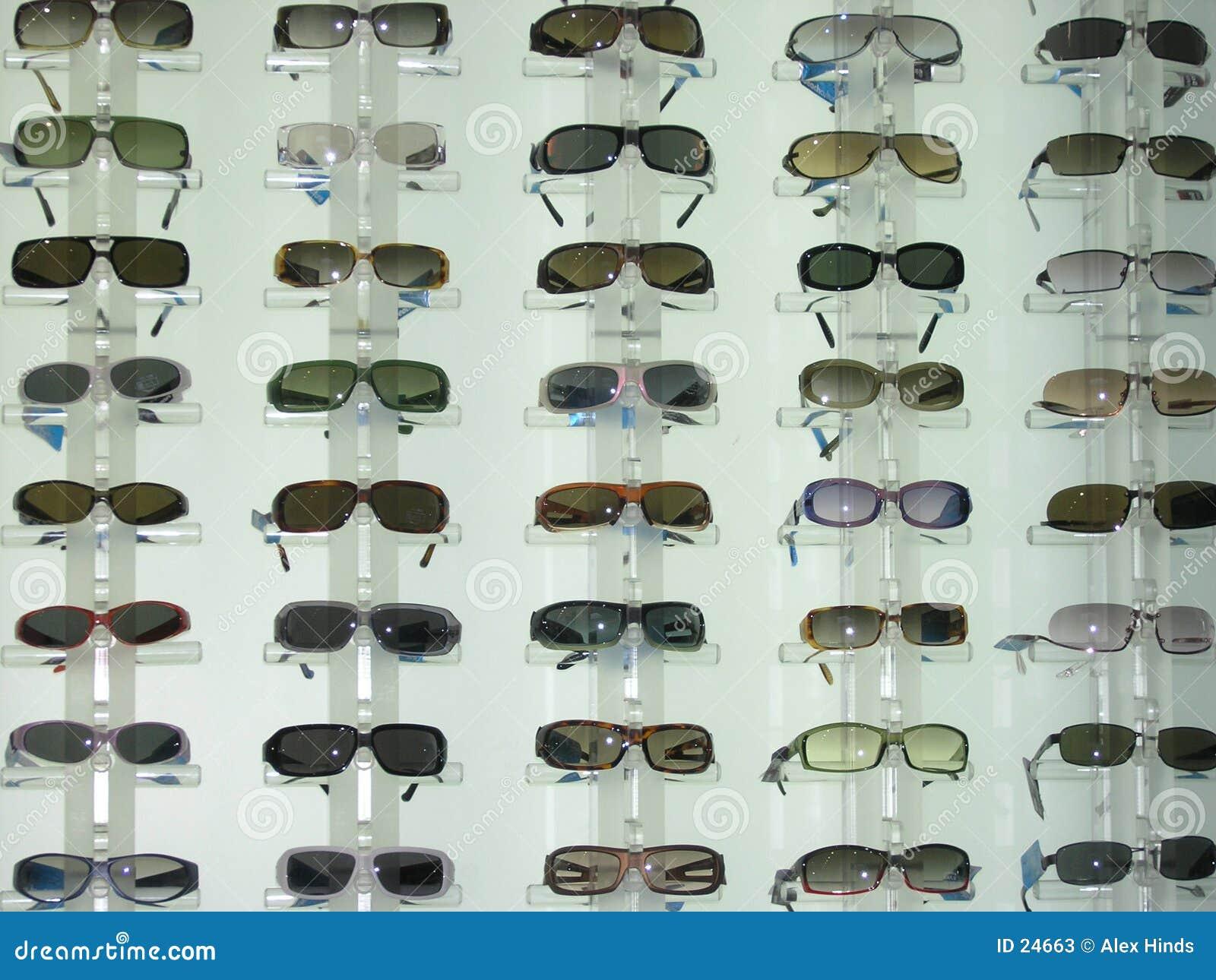 солнечные очки дисплея
