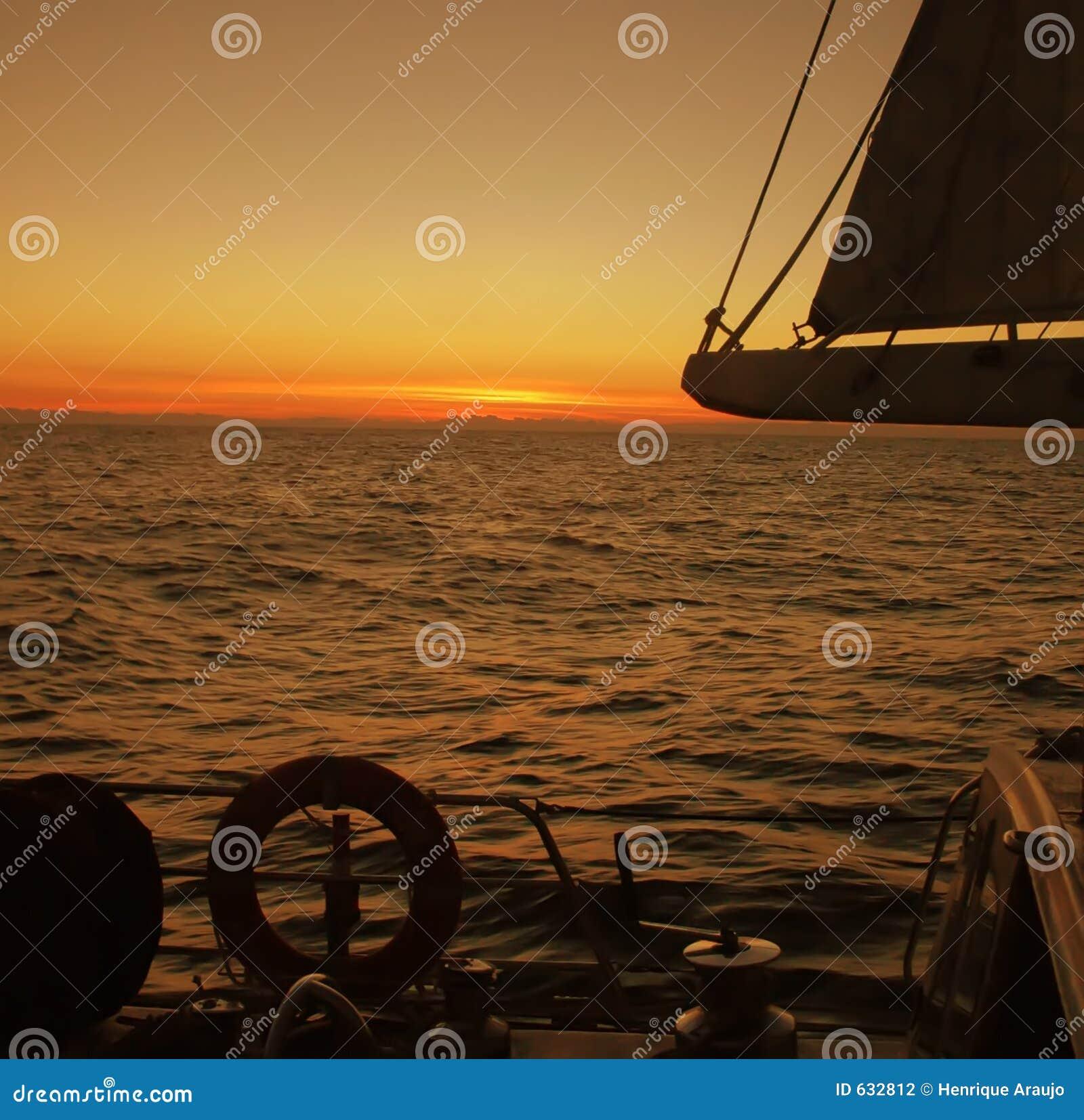 Download солнце красотки стоковое фото. изображение насчитывающей sunlight - 632812