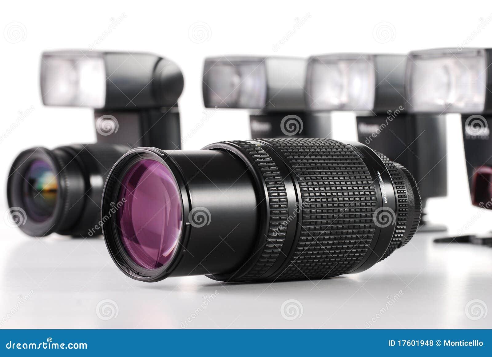 Состав с объективами с переменным фокусным расстоянием фото на белизне