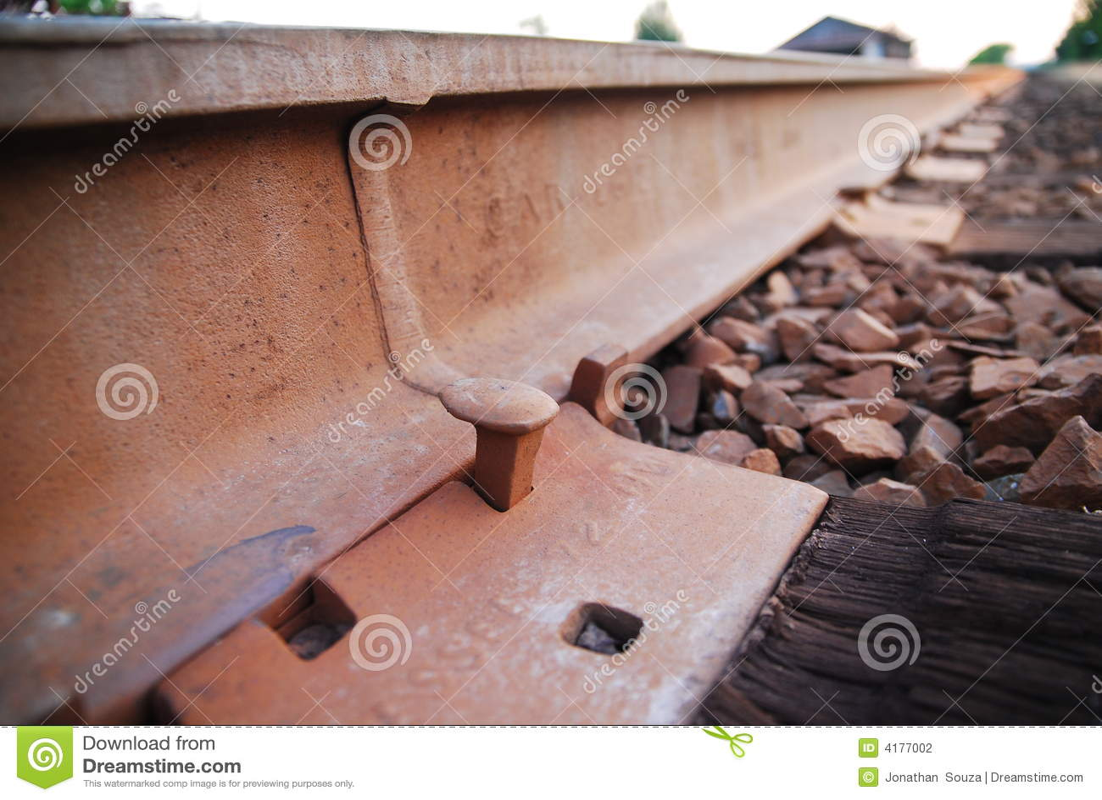 спайк железной дороги