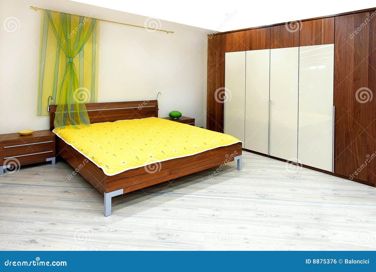 спальня деревянная